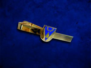 Изготовление золотых зажимов для галстука