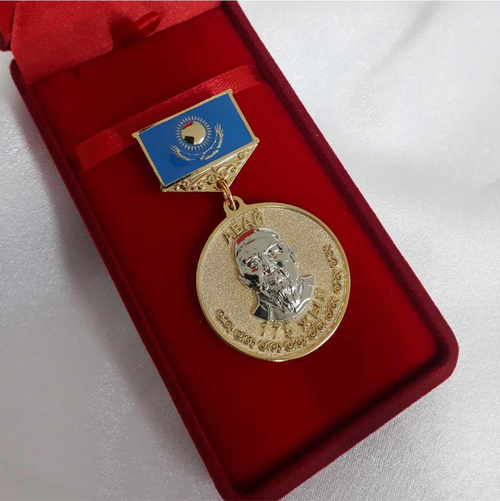 Нагрудные медали фото готовых работ
